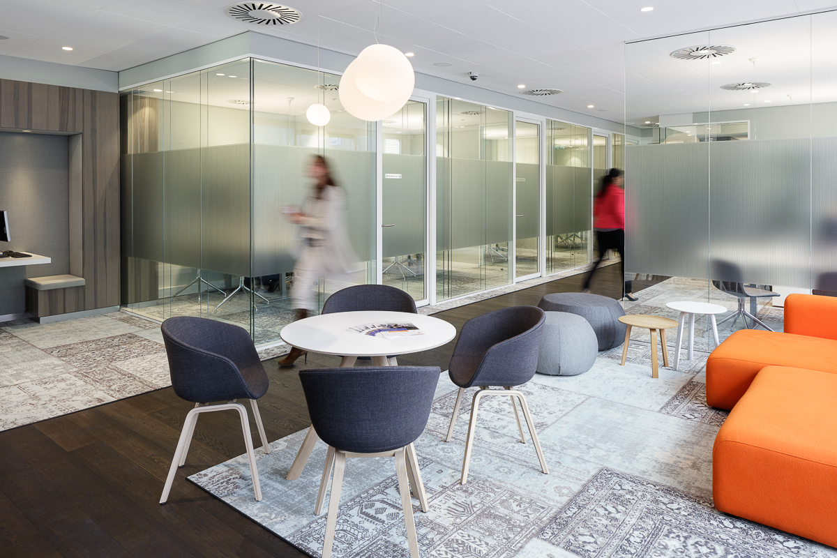 Conversation rooms with high acoustic values