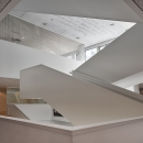 Staircase with IQ-Single glass wall system at Leiden University College The Hague