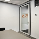 Aluminum framed door with very high acoustic values due to the double acoustic laminated glass, double rubber seals and dropseal