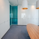 Double flush glazing glass partition wall with blue colored glass