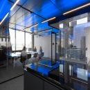 Meeting room with seamless glass partition at Flow Amsterdam