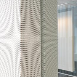 Acoustic panels on a iQ-Single glass wall