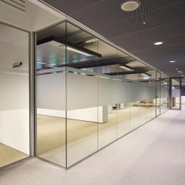 Minnaert Utrecht - IQ-Single glass wall on the first floor