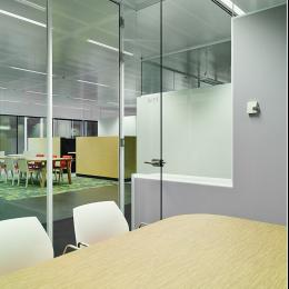 Ceiling hight full glass door