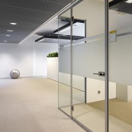 IQ-Single glass wall system at Minnaert University Utrecht