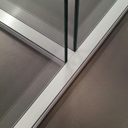 Full glass T-Connection of a double glass wall system