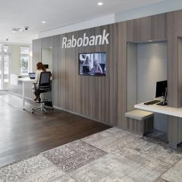 """Client """"do-it-self center"""" in the main hall of Rabobank Capelle a/d IJssel"""