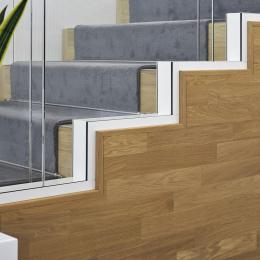 Double glass wall build om a stairs