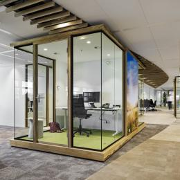 Concentration room made of wood and glass