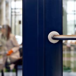 Detail aluminum KDEC frames door in a DK58 door frame