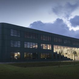 School building Herbert Vissser College