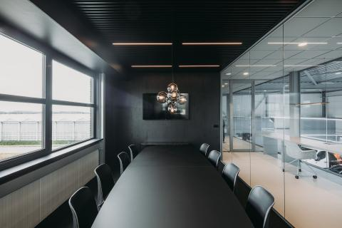 Board room with single glass partition