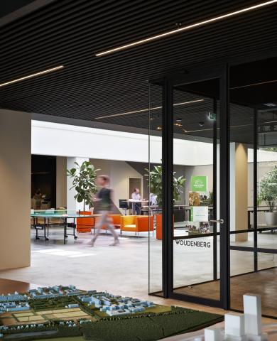 Industrial look & feel glass office wall