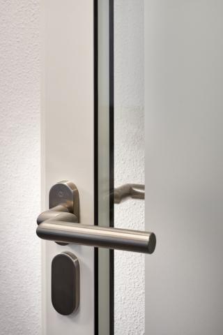 KDD57D with FSB 061076 door handle