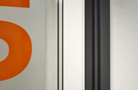 Double sealed door with high acoustic values