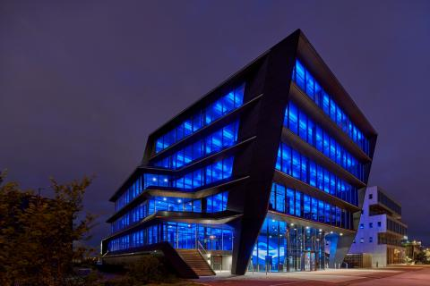 The Flow Houthavens Amsterdam Building Exterior by night